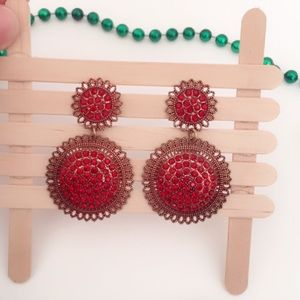B31 Antique Style Red Round Dangle Earrings